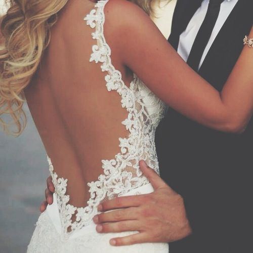 Sunjunkie bridal spray tan for weddings | clear nude spray tan solution